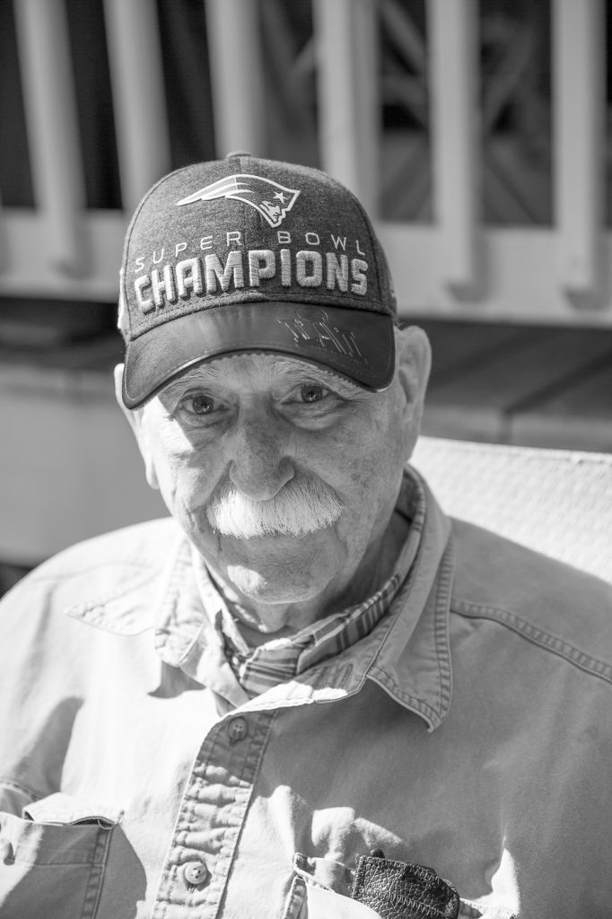 36/52 elder-man-champion-patriots-maine